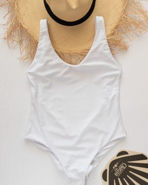 traje de baño bronceador